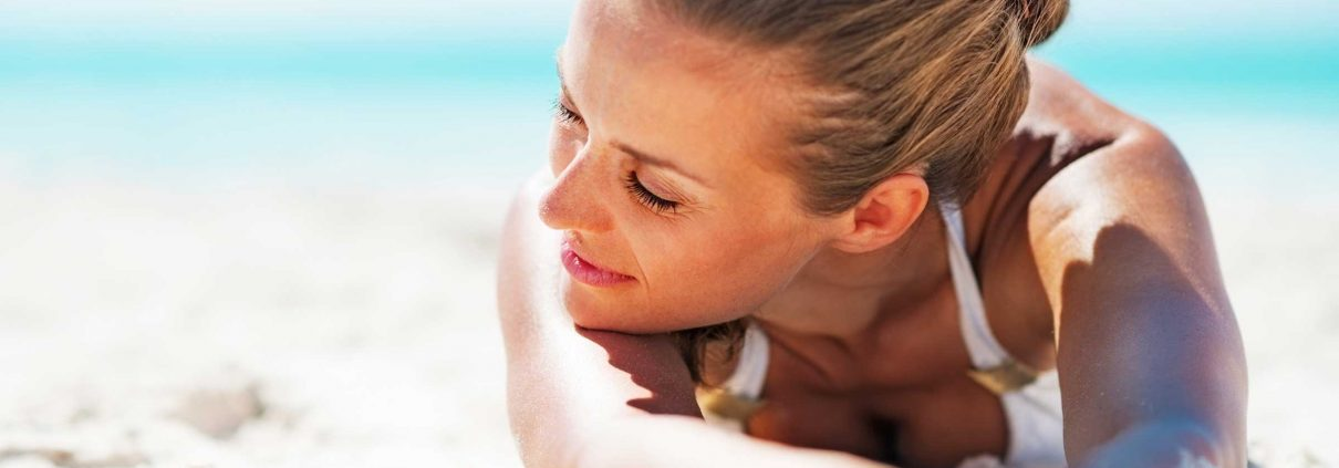 12-worst-advice-dermatologists-tanning-clears-acne